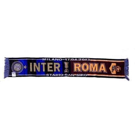 Inter vs Roma écharpe pour célébrer la demi-finale de la Coppa Italia