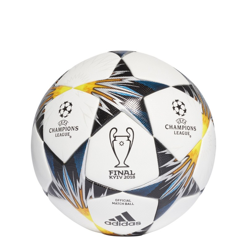 Adidas Ball finale der Champions League 2017/18 KIEW